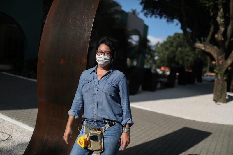 البرازيل تسجل 13155 إصابة جديدة بكورونا و317 وفاة