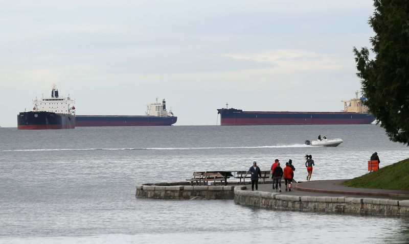 Canada export agency sees 2021 global rebound, but domestic energy sector to suffer