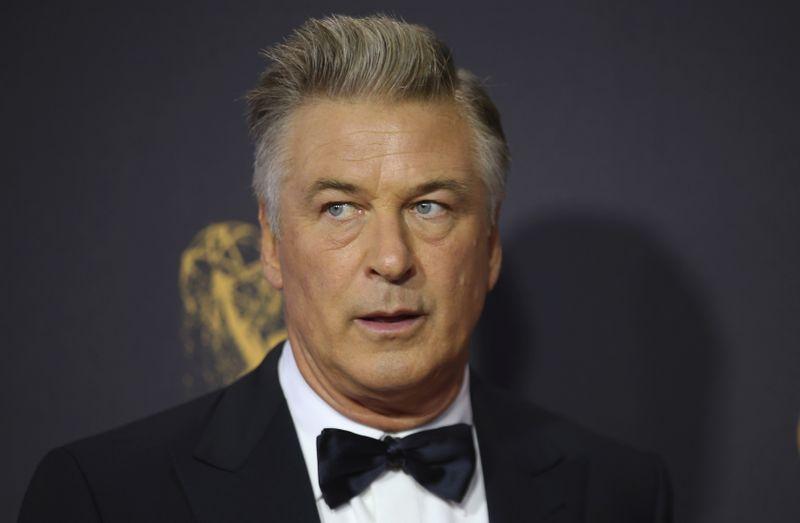 © Reuters. FILE PHOTO: 69th Primetime Emmy Awards – Arrivals – Los Angeles