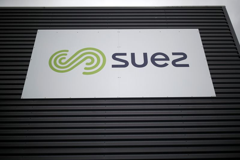 Suez vows to fight Veolia's $13 billion takeover project