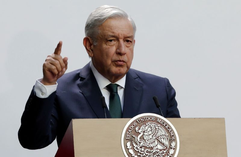 © Reuters. FILE PHOTO: Mexico's President Andres Manuel Lopez Obrador delivers his second state of the union address at National Palace in Mexico City