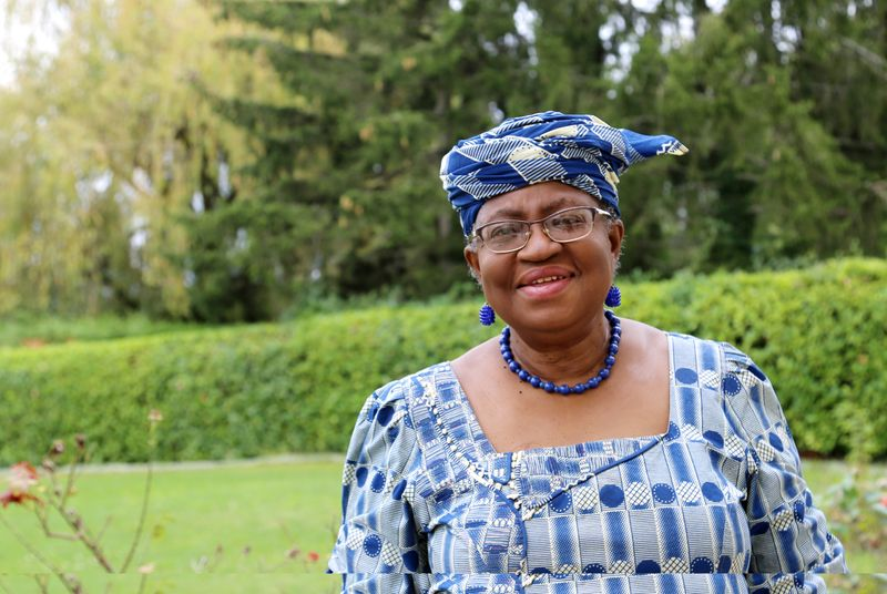© Reuters. FILE PHOTO: Okonjo-Iweala poses outside a Nigerian diplomatic residence in Chambesy
