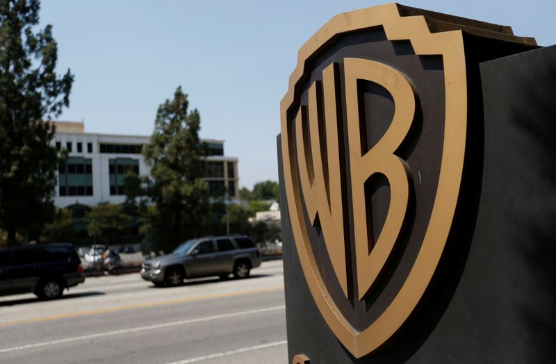 © Reuters. A Warner Bros. Entertainment Inc. logo is pictured at one of the studio's gates in Burbank