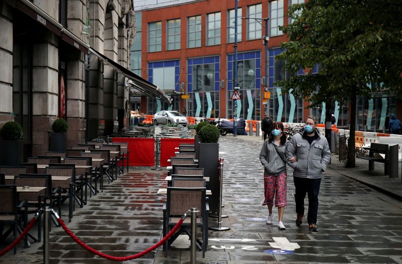 © Reuters. FILE PHOTO: Outbreak of the coronavirus disease (COVID-19), in Manchester