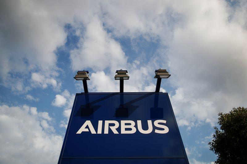 © Reuters. LITIGE AIRBUS/BOEING: BRUXELLES APPELLE LES USA À LEVER LES DROITS DE DOUANE