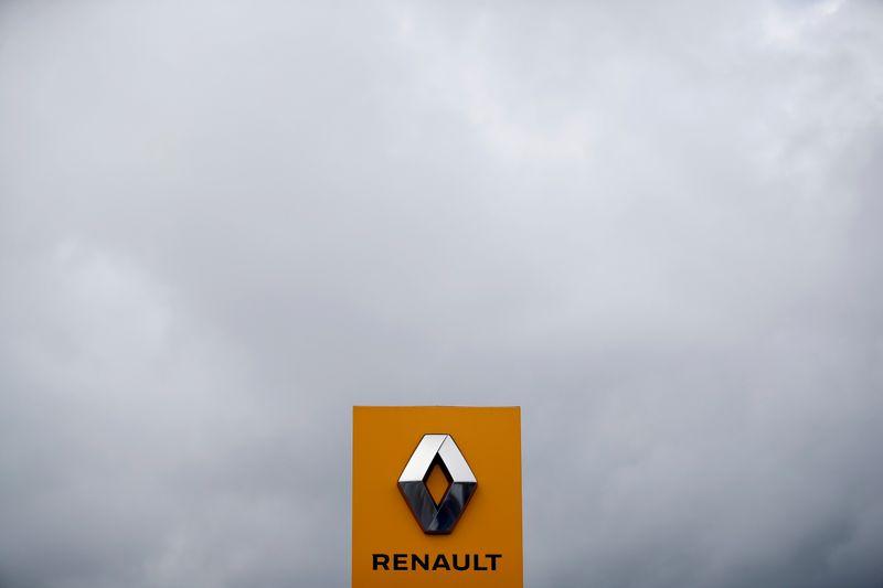 © Reuters. RENAULT AGRANDIT SA GAMME ÉLECTRIQUE AVEC UNE VOITURE MI-BERLINE, MI-SUV