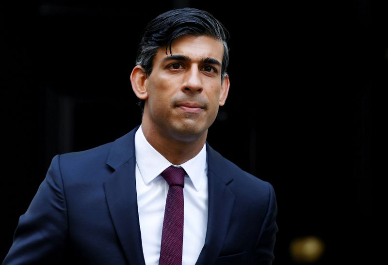 © Reuters. FILE PHOTO: Britain's Chancellor of the Exchequer Rishi Sunak is seen at Downing Street in London