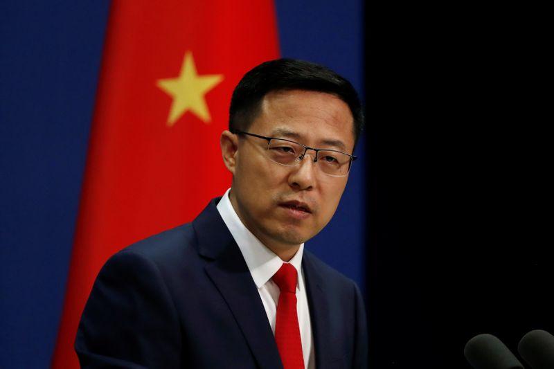 © Reuters. Porta-voz do Ministério das Relações Exteriores da China, Zhao Lijian, durante entrevista coletiva em Pequim