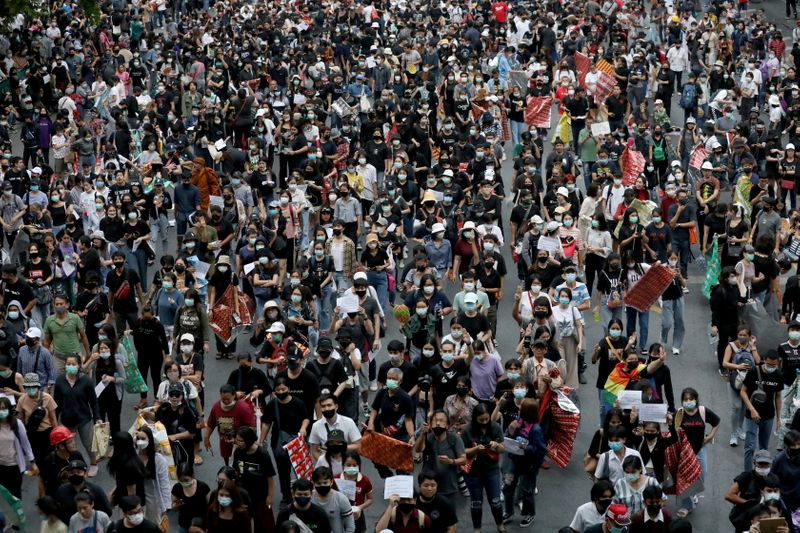 © Reuters. Anti-government protest in Bangkok