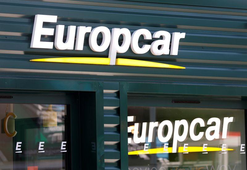 © Reuters. EUROPCAR ANNONCE UN CHIFFRE D'AFFAIRES EN BAISSE DE 50%, RENONCE À SES OBJECTIFS
