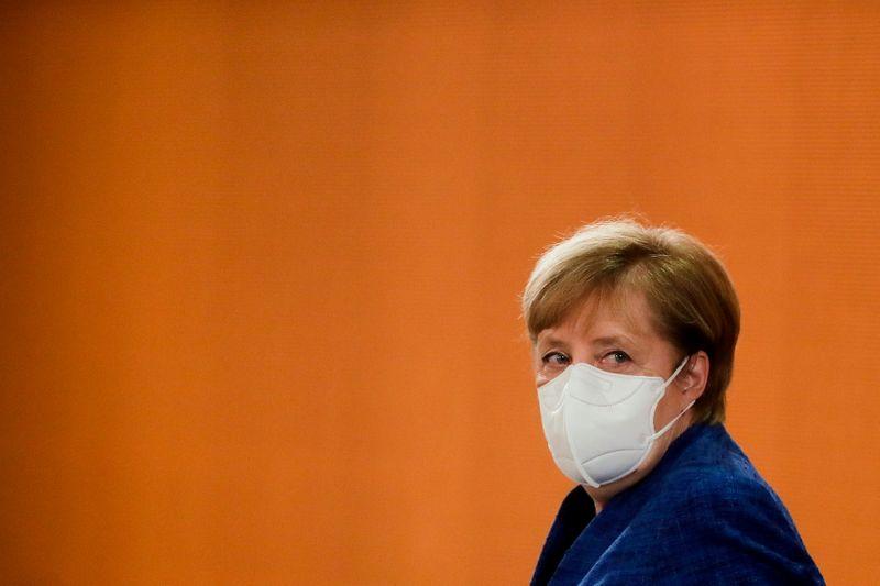 Coronavirus, Merkel pensa a