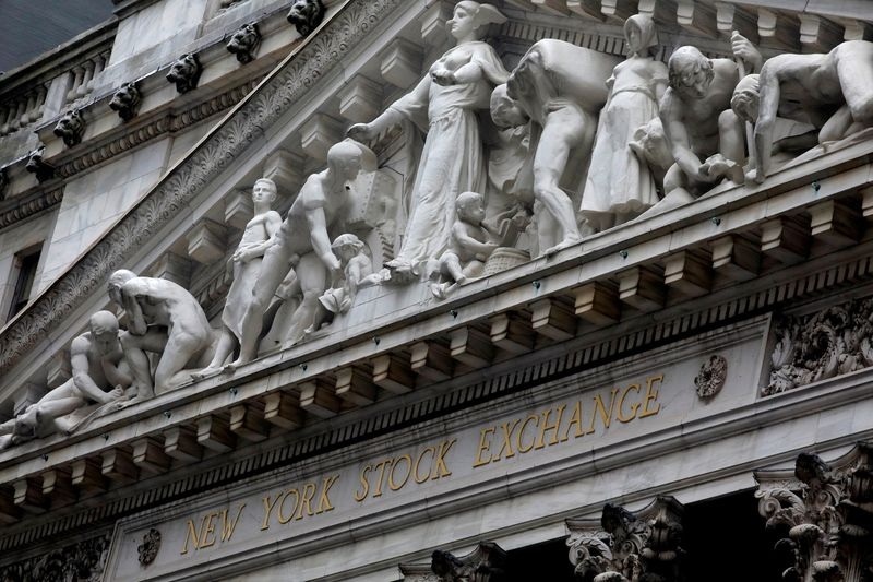 © Reuters. The facade of the New York Stock Exchange is pictured in New York