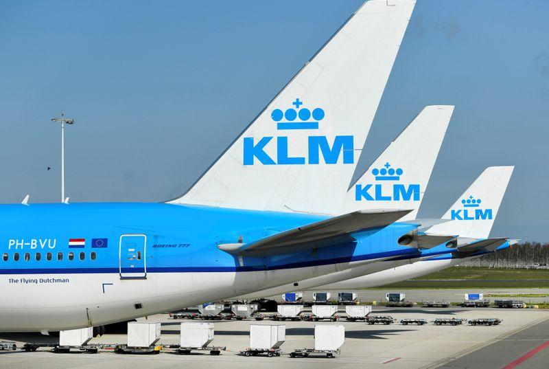 © Reuters. PAYS-BAS: LES PILOTES DE KLM PRÊTS À DISCUTER DU GEL DES SALAIRES