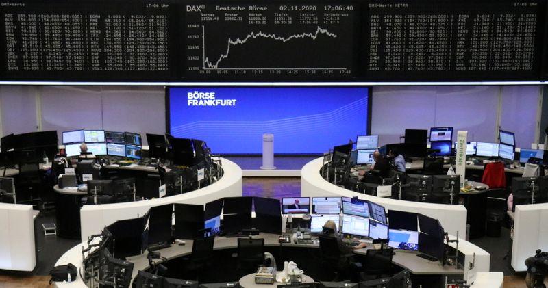 © Reuters. LES BOURSES EUROPÉENNES TERMINENT EN HAUSSE