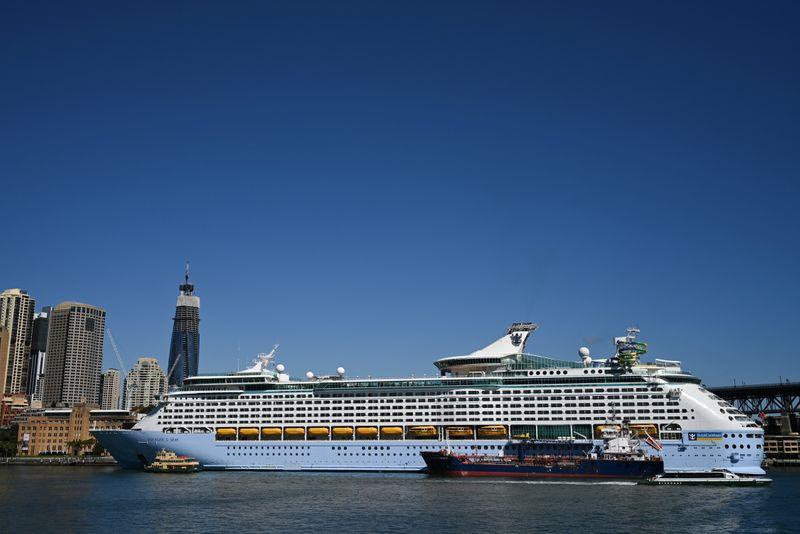 米ロイヤル・カリビアン、クルーズ船運航を年末まで停止