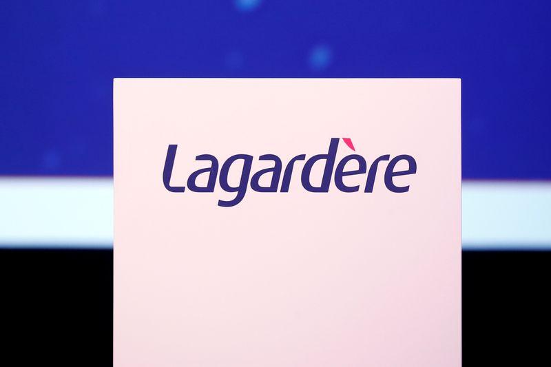 © Reuters. LAGARDÈRE: LE CA RECULE DE 38,3% AU 3E TRIMESTRE, PLOMBÉ PAR LE
