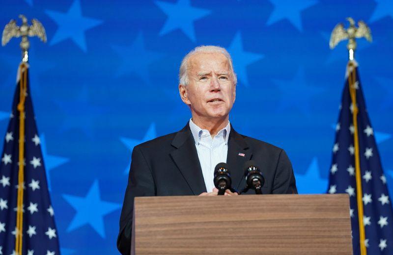 © Reuters. Democratic U.S. presidential nominee Biden speaks about the 2020 presidential election in Wilmington, Delaware