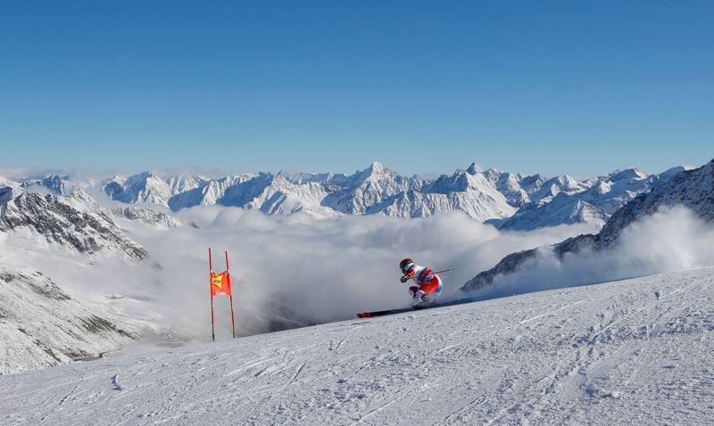 © Reuters.  FIS Ski World Cup - Soelden
