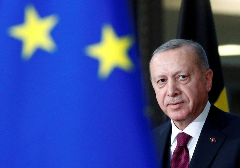 © Reuters. FILE PHOTO: FILE PHOTO: Turkish President Tayyip Erdogan arrives for a meeting with EU Council President Charles Michel in Brussels