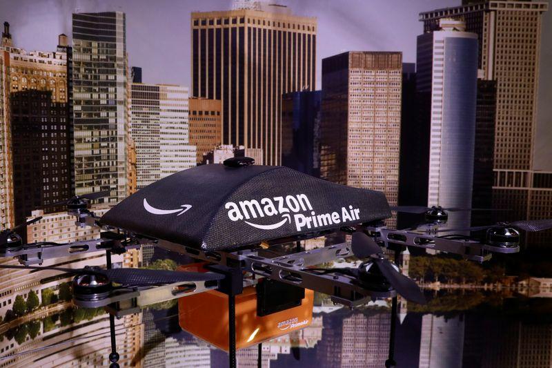Amazon dará 500 millones de dólares de bonus para trabajadores de atención al cliente en EEUU