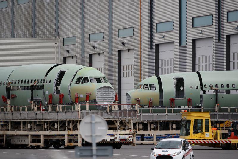 © Reuters. FILE PHOTO: The Airbus facility in Montoir-de-Bretagne near Saint-Nazaire