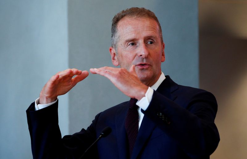 © Reuters. FILE PHOTO: Volkswagen's Spanish brand SEAT announces the appointment of its new president Wayne Griffiths in Barcelona