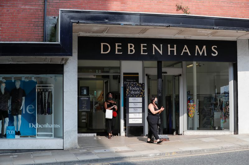 © Reuters. FILE PHOTO: General view of a Debenhams store in Harrogate