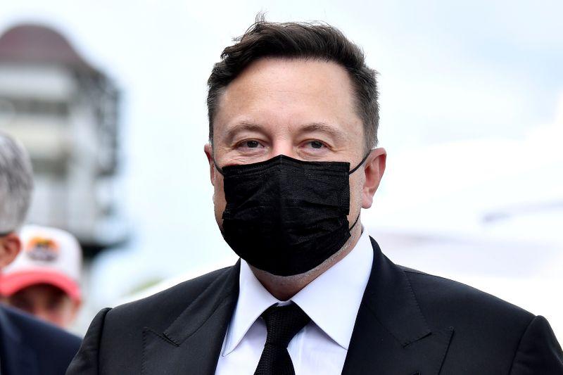 Elon Musk afirma que los coches eléctricos duplicarán la demanda mundial de electricidad