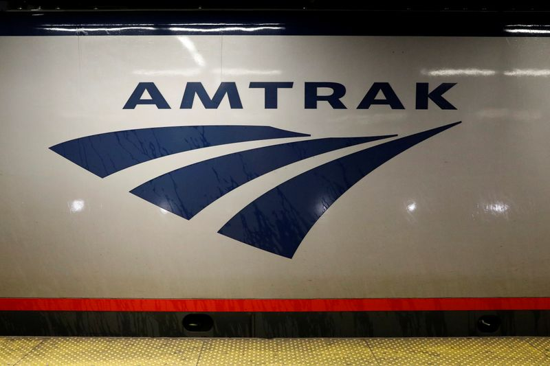 © Reuters. An Amtrak train is parked at the platform inside New York's Penn Station, the nation's busiest train hub, which will be closing tracks for repairs causing massive disruptions to commuters in New York City