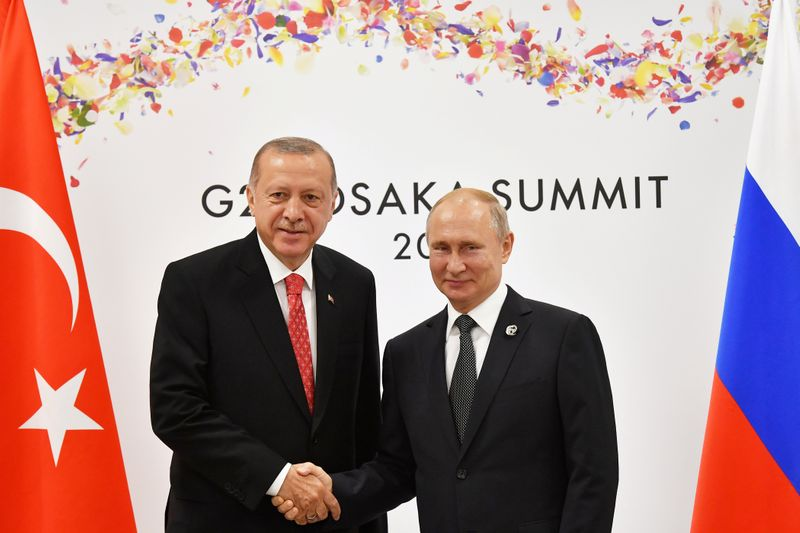 © Reuters. FILE PHOTO: Russian President Putin and Turkish President Erdogan attend their bilateral meeting on the sidelines of the G20 leaders summit in Osaka
