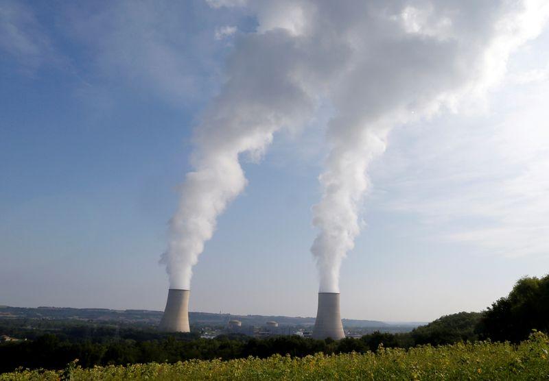 © Reuters. Paris discute toujours avec Bruxelles du projet de réforme du nucléaire, selon des sources