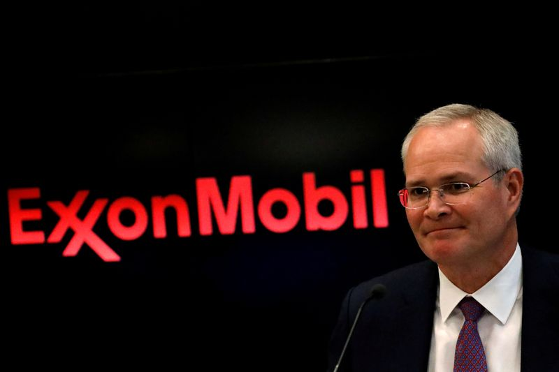 © Reuters. FILE PHOTO: Darren Woods, Chairman & CEO, Exxon Mobil Corporation attends a news conference at the NYSE