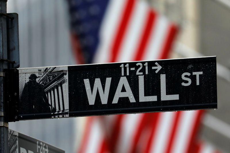 © Reuters. WALL STREET FINIT EN BAISSE