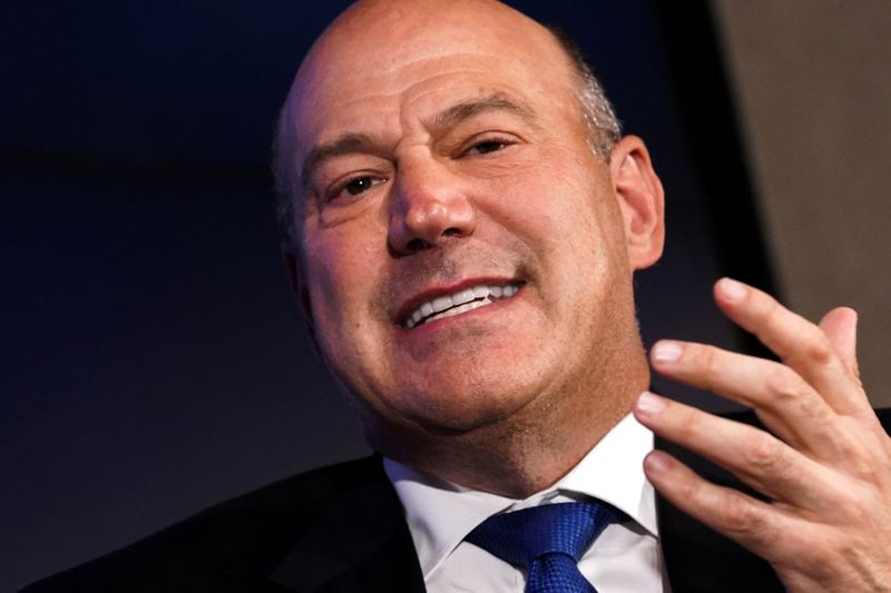 © Reuters. FILE PHOTO: Former Director of the U.S. National Economic Council Gary Cohn speaks at a Reuters Newsmaker event in New York City