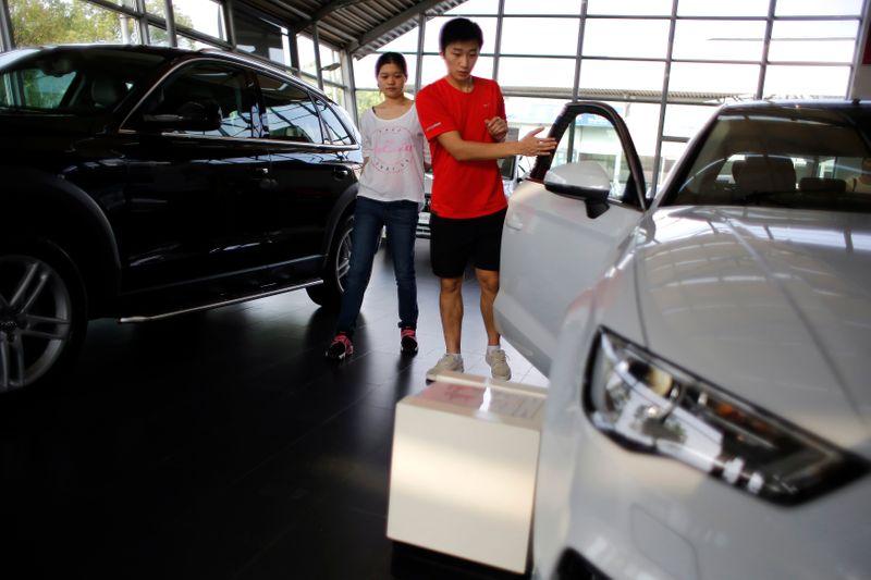 © Reuters. LA CHINE EN POINTE DANS LE REDRESSEMENT DE L'INDUSTRIE AUTOMOBILE