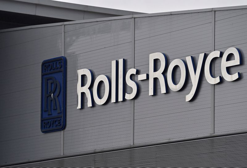 © Reuters. FILE PHOTO:  A Rolls-Royce logo is seen at the company's aerospace engineering and development site in Bristol