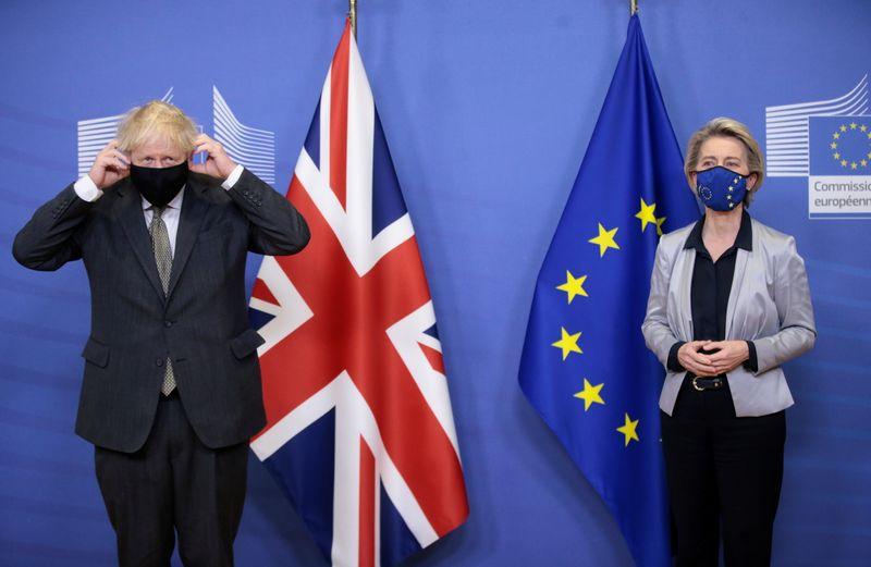 © Reuters. EU Commission President von der Leyen meets British PM Johnson in Brussels