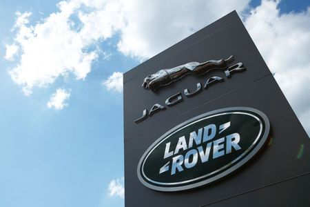 No UK port problems so far for Jaguar Land Rover By Reuters