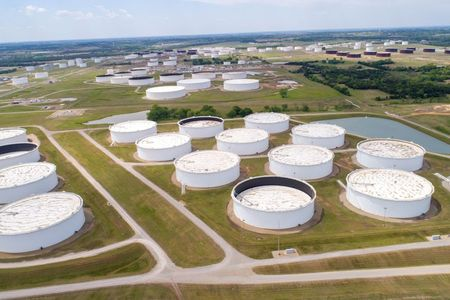 Oil gains on hopes U.S. pandemic stimulus payments to spur fuel demand By Reuters