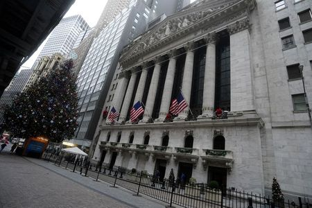 Futures rise on hopes of vaccine-fueled recovery By Reuters