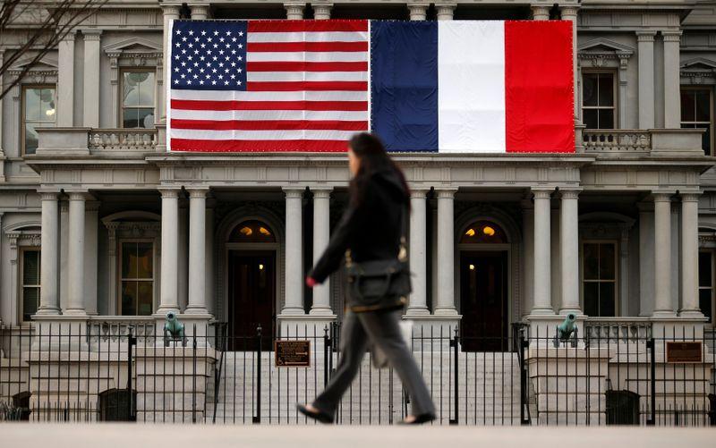 © Reuters. AIRBUS/BOEING: HAUSSE DES TAXES US SUR DES PRODUITS DE L'UE DONT LES VINS FRANÇAIS