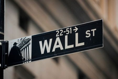 Investors bullish on stocks, hoping for a brighter 2021 By Reuters