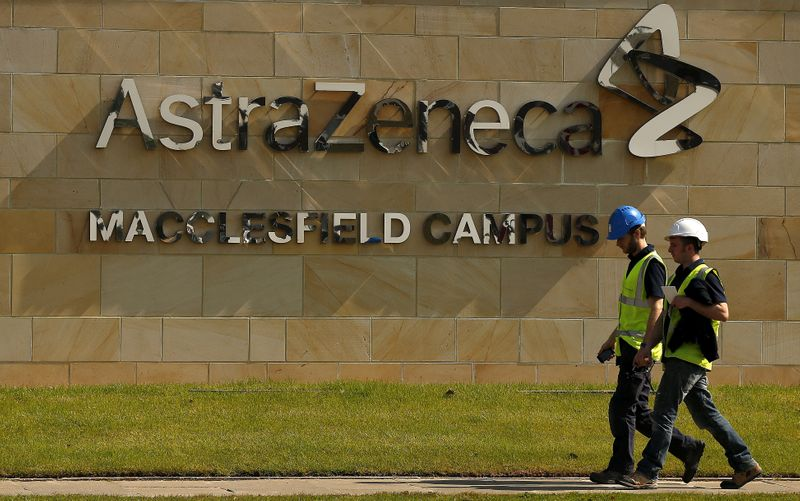© Reuters. FILE PHOTO: A sign is seen at an AstraZeneca site in Macclesfield