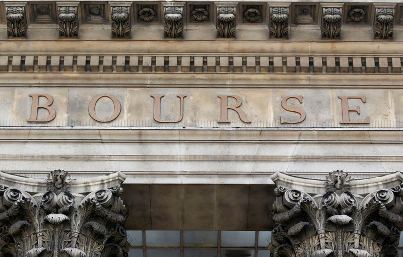 © Reuters. LES BOURSES EUROPÉENNES OUVRENT EN HAUSSE