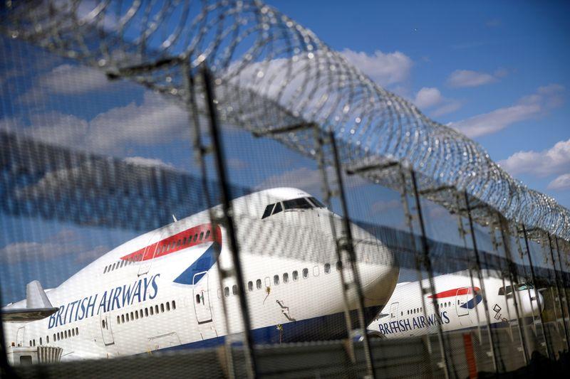 © Reuters. GB: EASYJET ET BRITISH AIRWAYS REVOIENT LEUR PLAN DE VOL AVEC LE NOUVEAU CONFINEMENT