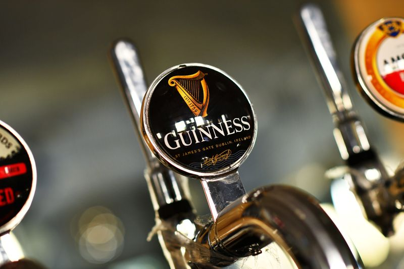 © Reuters. A Guinness beer tap is seen inside The Greenwich Pensioner pub in London