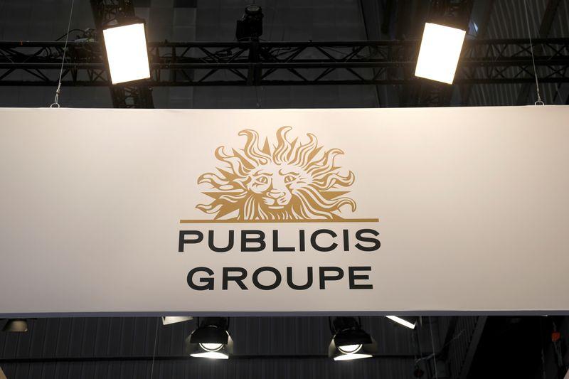 © Reuters. BOURSE: PUBLICIS MONTE SUR UNE RUMEUR DE M&A, LE GROUPE DÉMENT