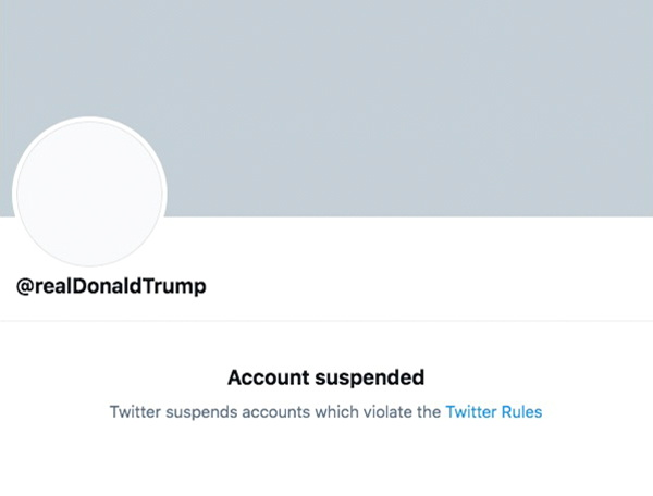 © Reuters. Screengrab of permanently suspended Twitter account of U.S. President Donald Trump