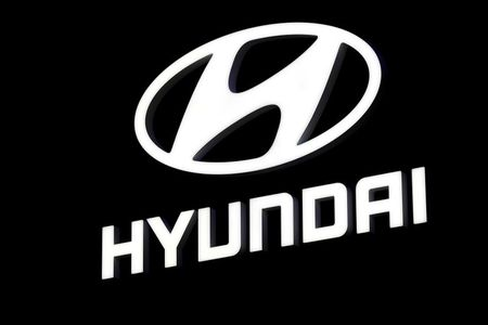 Apple, Hyundai set to agree electric car tie-up, says Korea IT News By Reuters