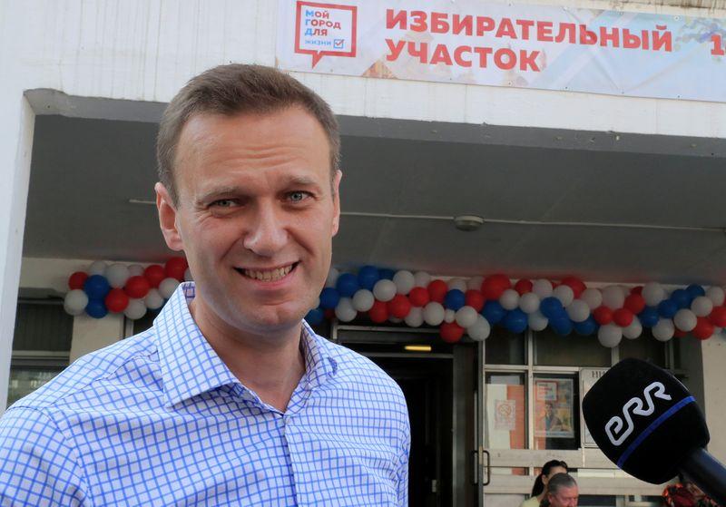 Навальный намерен вернуться в Россию в воскресенье